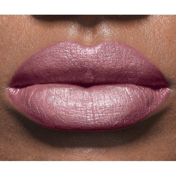 255 Blush in Plum - Rouge à Lèvres Color Riche de L'Oréal Paris L'Oréal 4,49€