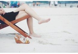 How to have beautiful feet in summer ?