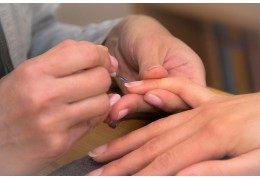 Wie pflegen Sie Ihre Nägel ?