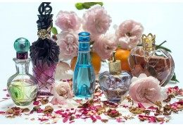 Choose the right fragrance for the seasons